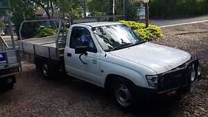 Toyota 2004 Hilux work mate