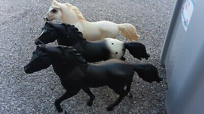Vintage Blue Ribbon Horses, Lot of 3. Cute! Great For customizing! Black white a