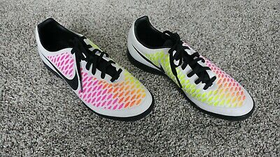 Nike Magista Onda IC Soccer Shoes Size 8 White Black Pink Volt 651541 106~ LOOK