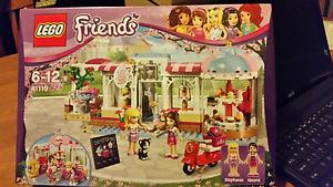 Lego Friends Heartlake Cupcake Cafe 41119, BNIB unopened Modbury Heights Tea Tree Gully Area Preview