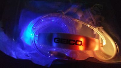 LED Dynamic Light Up Flashing Stereo Earphones Earbuds GEICO -