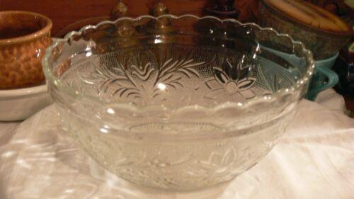 "Vintage Anchor Hocking Crystal Scalloped Edge Sandwich Glass 8"" Serving Bowl"