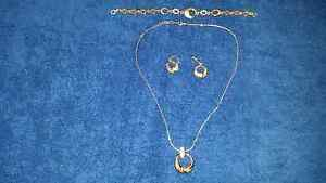 Jewelry 3 piece set Warners Bay Lake Macquarie Area Preview
