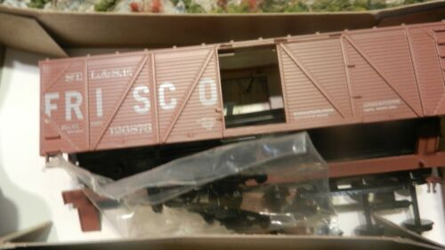 Train Miniature HO Frisco 40
