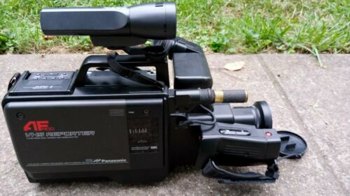 Panasonic NV-M5PX VHS Camera Autofocus Camcorder
