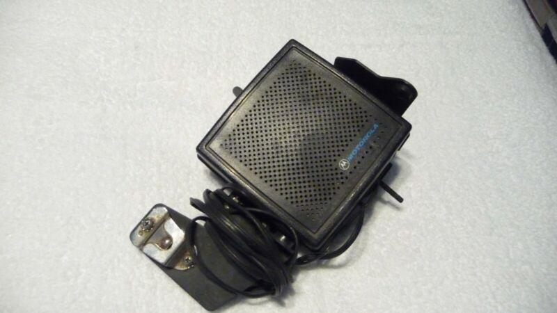 Motorola HSN6003B Motorcycle External Radio Speaker W/ Mic Clip
