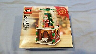 Lego 40223 Limited Edition Christmas Snow Globe (New)