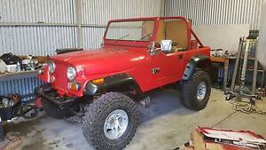 Jeep cj7 / 2007 wrangler v8 5 speed custom projet Oakford Serpentine Area Preview