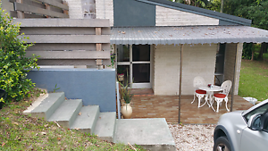 Blues N Roots week accm 1br hse Ocean Shores Upper Coomera Gold Coast North Preview