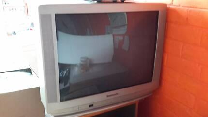 """URGENT SALE CRT TV Colour Television 27"""" MUST GO ASAP Sunshine North Brimbank Area Preview"""