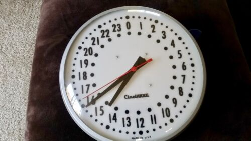VTG.INDUSTRIAL WALL CLOCK ROUND METAL MADE IN USA ELECTRIC/24 HR. MILITARY TIME