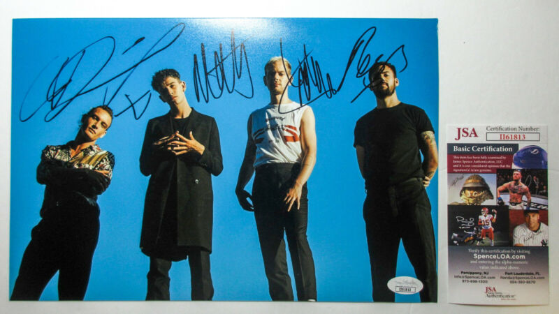 *LOVE ME* Matt Healy & 'The 1975' Whole Band Signed Autographed 8x12 Photo JSA A