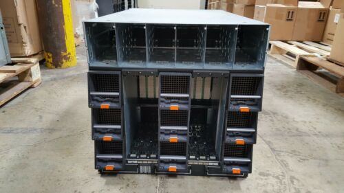 DELL PowerEdge M1000E Blade Server Chassis w/9 Fans Array