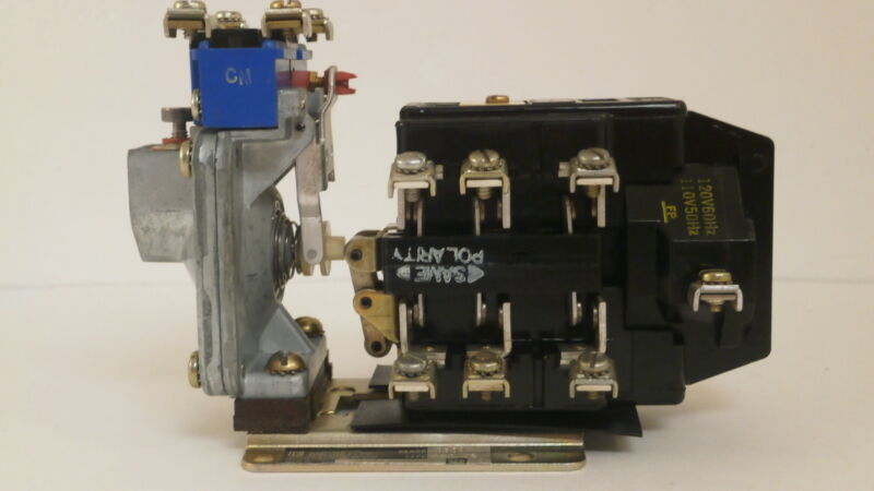 SQUARE D TIMING RELAY 8501 DE042 *NEW SURPLUS*