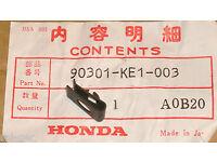 5GJ-17653-00 2001-03 TMAX  XP-500 Yamaha New Genuine Clutch Slider P//No