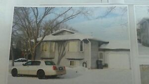 BEAUTIFUL BIG CLEAN HOUSE FOR RENT!