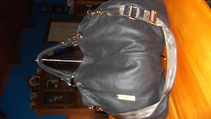 Quality XL Rabeanco black pebbled leather bag Cardinia Area Preview