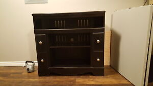 TV cabinet. In good condition.