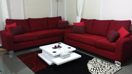 3.5 + 4.5 seater red couches