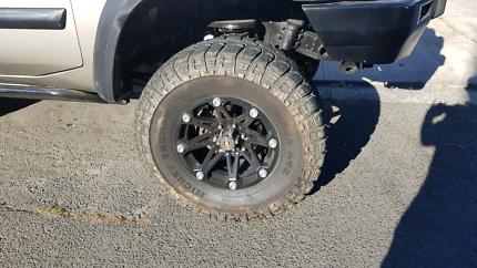 37 inch mud tyres + wheels