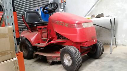 "COX 14HP Ride On Lawn Mower 32"" Cutting Deck - Good Condition Toowoomba 4350 Toowoomba City Preview"