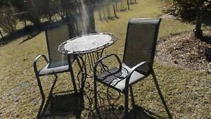 Outdoor Table and Chairs Setting Old Bar Greater Taree Area Preview