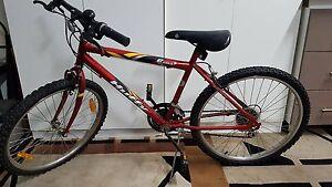 Huffy Loma 18 Speed Mens Mountain Bike Edmondson Park Liverpool Area Preview