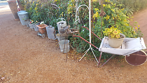 Garage sale on Friday Saturday Sunday 8 am Queanbeyan Queanbeyan Area Preview