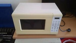 Microwave homemaker Palmerston Area Preview