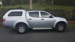 2013 MITSUBISHI TRITON GL-R 4X4 DUAL CAB 2,5 TURBO DIESEL (71KMS) Rochedale South Brisbane South East Preview