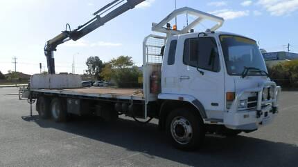 Mitsubishi 6X4 rear mount crane truck