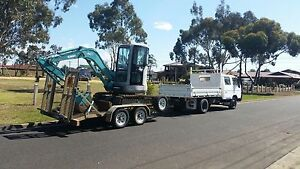 For sale excavator  and trailer Heyfield Wellington Area Preview