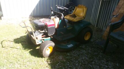 """Ride on mower 42"""" cut Mtd yardman Macalister Dalby Area Preview"""