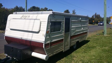 Retro Triple bunk caravan for sale Albion Park Shellharbour Area Preview