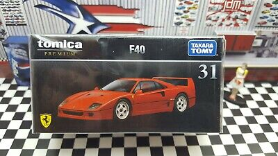 TOMICA PREMIUM #31 FERRARI F40 1/62 SCALE NEW IN BOX