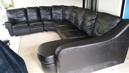 Black leather lounge set, amazing ! $1200 ONO