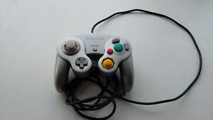 Nintendo GameCube Controller DOL-003 (Platinum Silver)