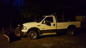 2005 Ford F-250 XLT 4x4 6.0L Diesel With Plow and Sander! St. John's Newfoundland image 2