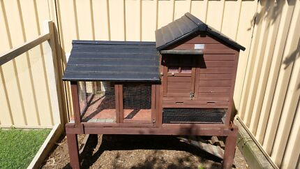 Chicken Coop and Chicken Raymond Terrace Port Stephens Area Preview