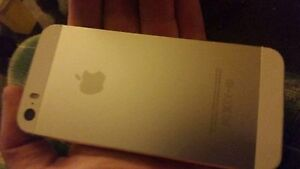 iPhone 5s 16g w/ 32g Mophie Space  Battery Case Kitchener / Waterloo Kitchener Area image 2