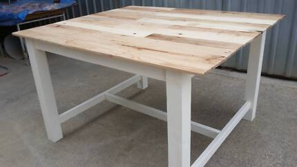 Pallet wood bar tables made to order Lonsdale Morphett Vale Area Preview