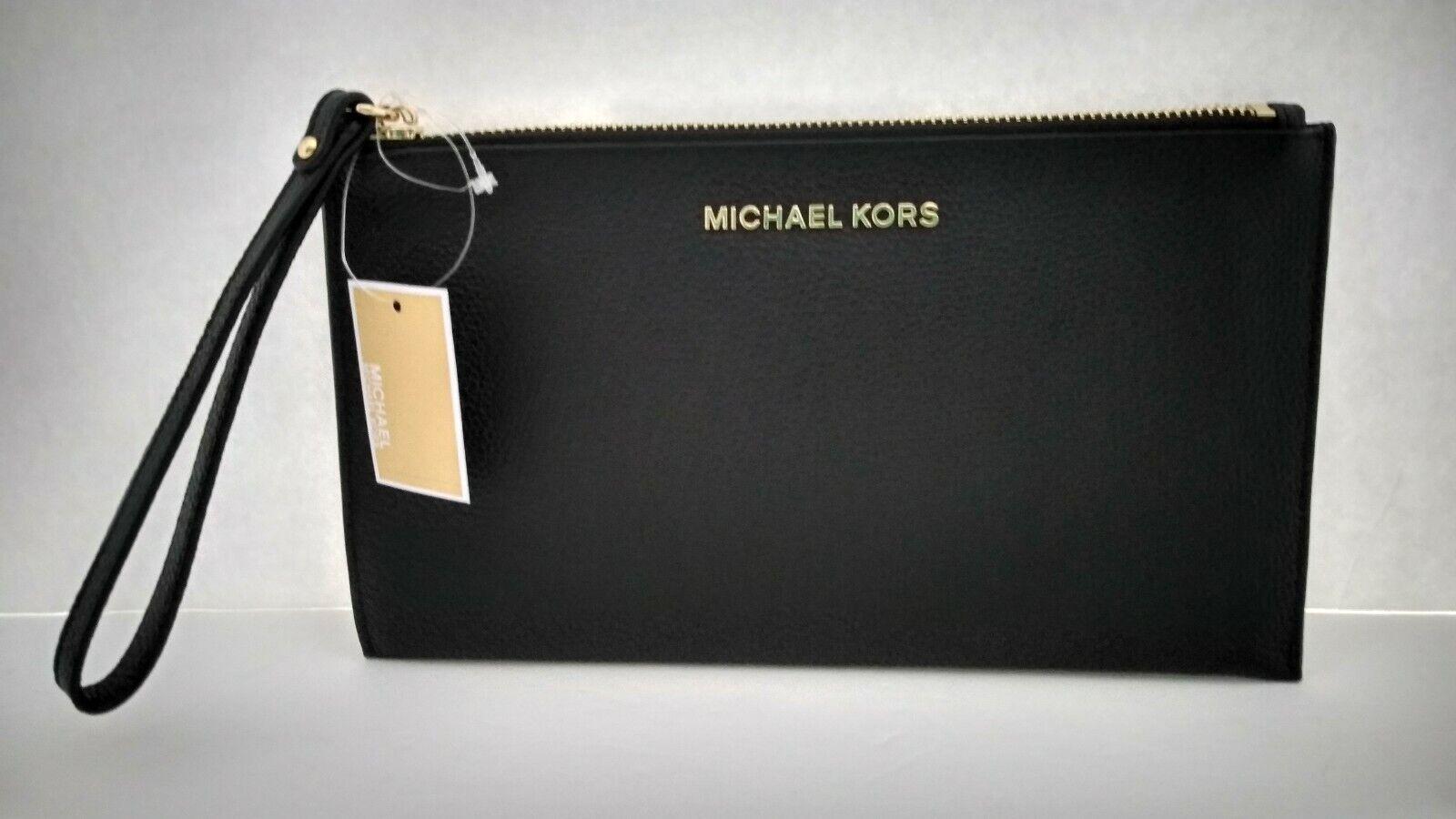 NWT MICHAEL KORS LARGE ZIP CLUTCH WRISTLET BLACK LEATHER $ 9