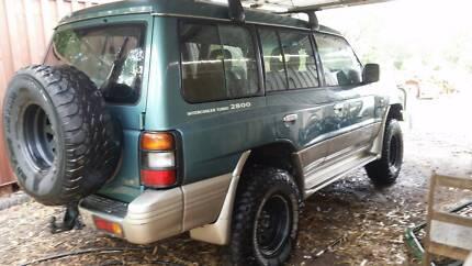 Mitsubishi Pajero GLS 1998