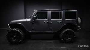 2011 Jeep Wrangler Unlimited Sahara READY FOR OFF ROAD! LIGHT...