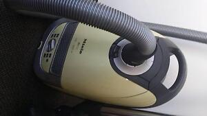 Miele S5310 Vacuum Cleaner Macquarie Park Ryde Area Preview