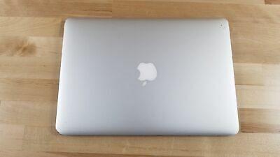 Apple MacBook Air (13-inch Early 2014) 1.4 GHz Intel core i5 128GB SSD 4GB RAM