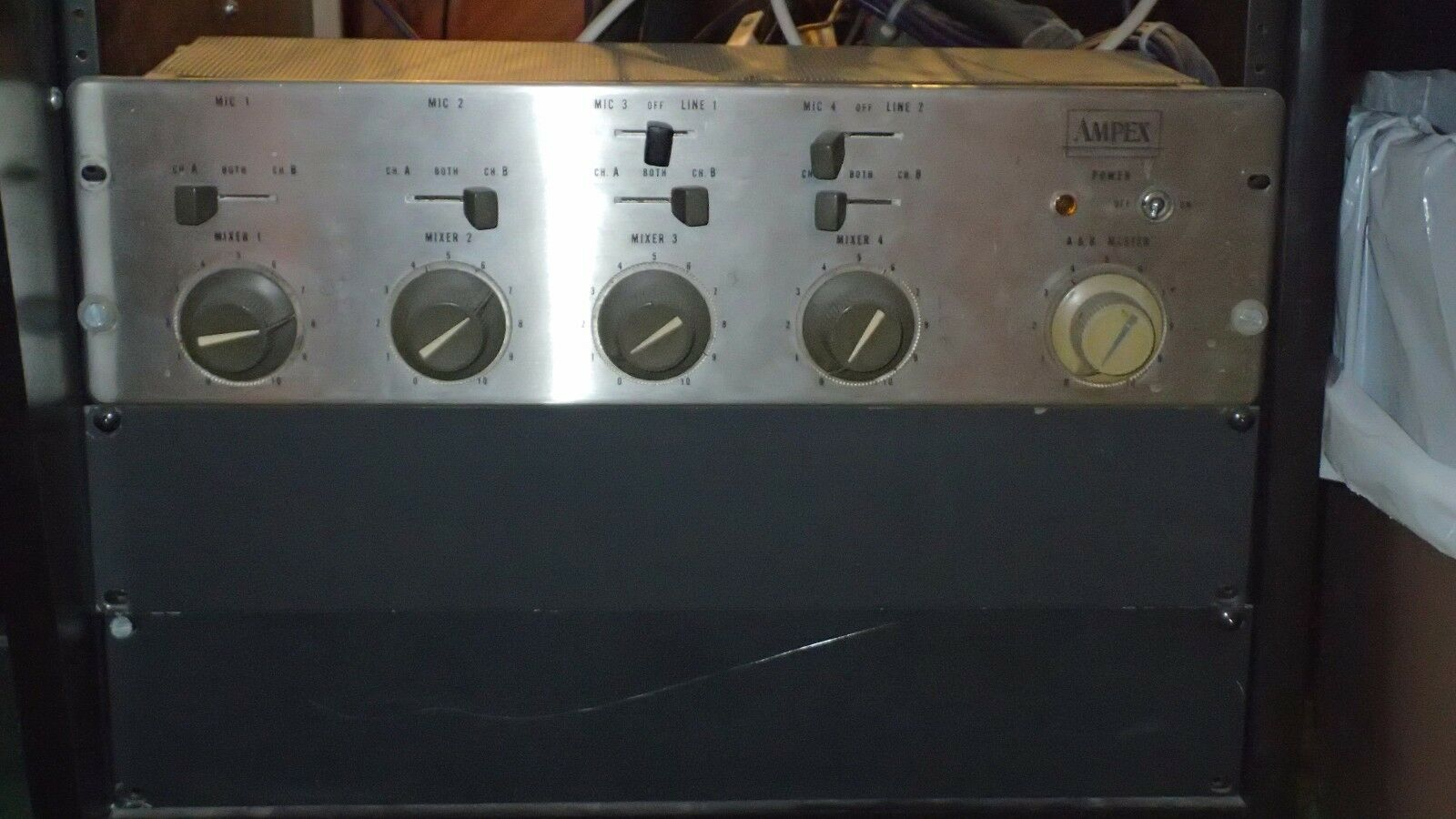 Ampex MX-10 VINTAGE TUBE 4-CHANNEL MIC/LINE MIXER & PREAMP