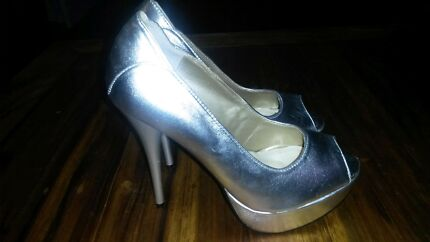 Stilletto heels size 7. As new condition Scoresby Knox Area Preview