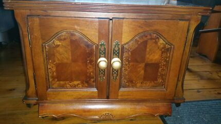 Antique cabnet  Denistone East Ryde Area Preview