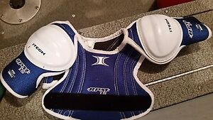 Hockey Lacrosse Shoulder Pads - Youth Small